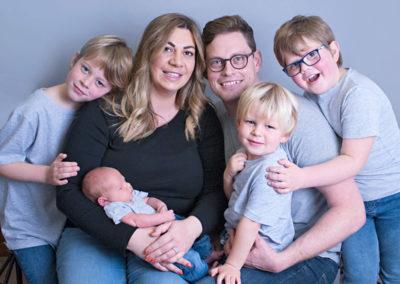 family of 6 in newborn shoot wrecclesham