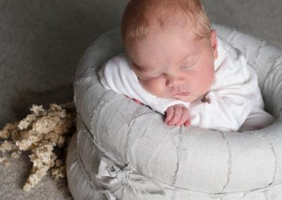 baby girl posing in photoshoot